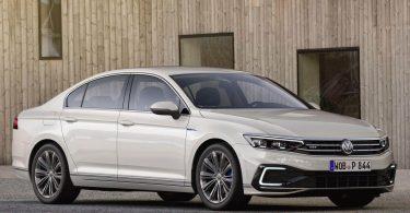 Volkswagen відправить у відставку Arteon і Passat в кузові седан