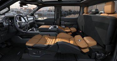 Ford додав до переліку опцій F-150 крісла-ліжка