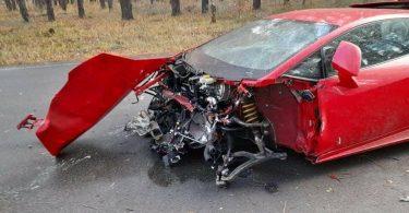 Стала відома вартість ремонту розбитого під Києвом Lamborghini Huracan