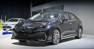 Toyota представила недорогу альтернативу Camry