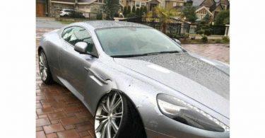 Власниця Aston Martin хотіла відсудити у дилера гроші за ремонт, а в підсумку залишилася винна йому