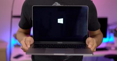 Новий MacBook Air протестували під управлінням Windows 10