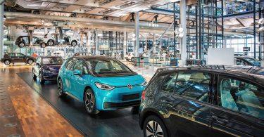 У Volkswagen попрощалися з електричним e-Golf