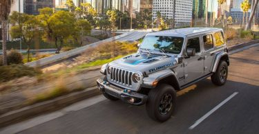 Jeep поповнив сімейство моделей двома еконовинками