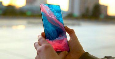 Motorola готує до випуску смартфон з унікальним дизайном