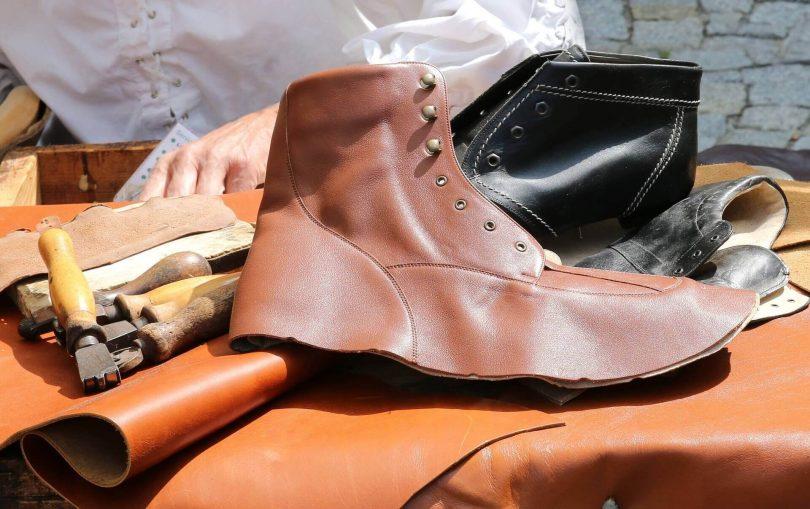 Взуття зі шкіри