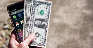 Аналітики розповіли, які смартфони швидше за все втрачають в ціні після покупки