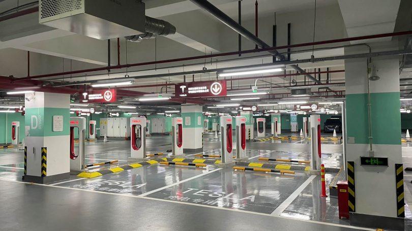 Tesla станція