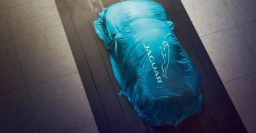 Jaguar Land Rover на чверть скоротить виробництво