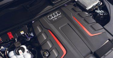 Audi припиняє розробку нових двигунів