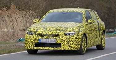Opel Astra нового покоління: опубліковані перші фотографії