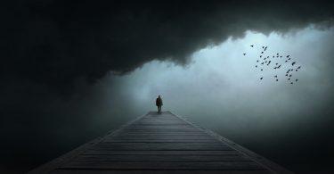 Вчені довели, що чим ми мудріші, тим менше страждаємо від самотності