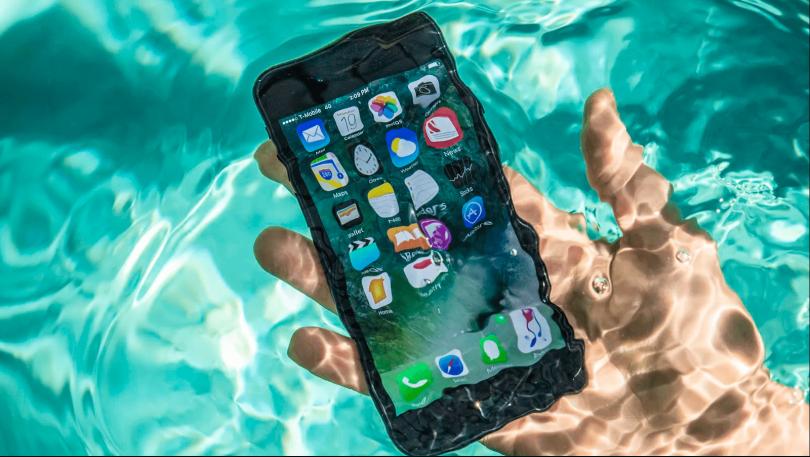 Iphone під водою