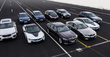 BMW буде будувати всі автомобілі на одній платформі