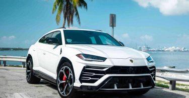 На Lamborghini Urus і Porsche Cayenne безкоштовно замінять двигуни