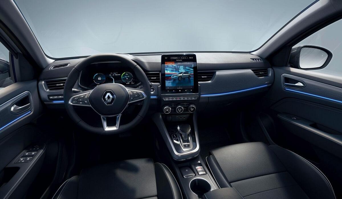 Інтер'єр європейської Renault Arkana
