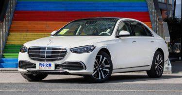 Mercedes-Benz S-Class обзавівся новою базовою версією і подешевшав