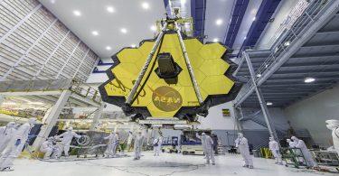 Найбільшому космічному телескопу загрожують пірати