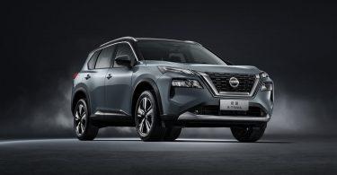 Новий Nissan X-Trail повністю розкрили на відео і фотографіях