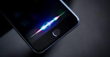 Siri проговорилася про наступну презентацію Apple