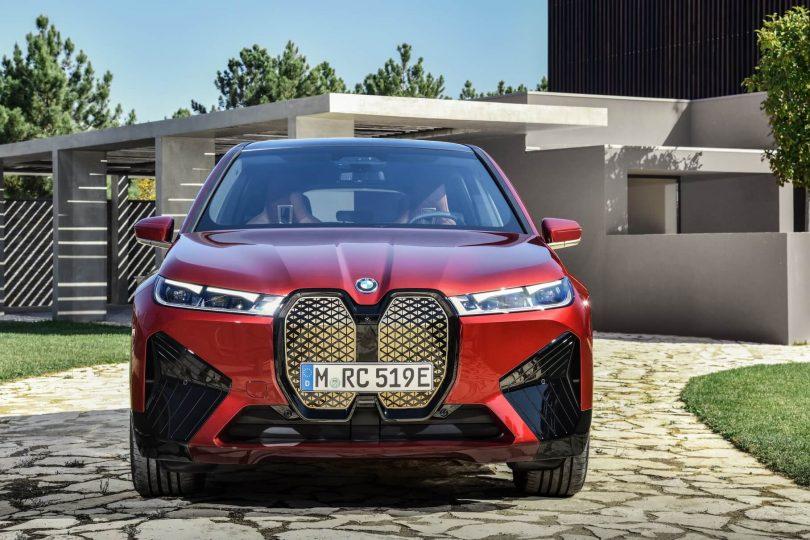 BMW iX з пакетом Sport