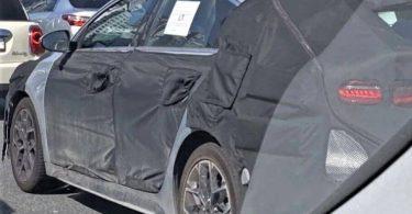 Оновлений Kia ProCeed вперше зняли на дорозі