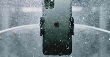iPhone 11 Pro Max рік пробув в озері і повернувся до власника