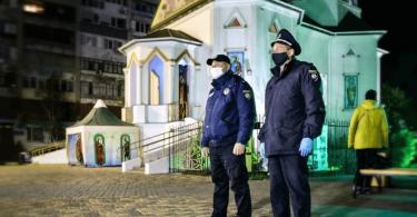 На Великдень в храмах України очікують мільйон віруючих