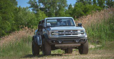 Глава Ford натякнув на розробку електричного Bronco