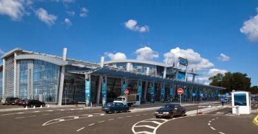 В аеропорту Київ оцінили втрати від припинення рейсів у Білорусь