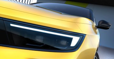 Opel Astra нового покоління: опубліковані перші зображення