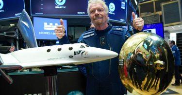 Глава Virgin Galactic полетить в космос раніше Джеффа Безоса