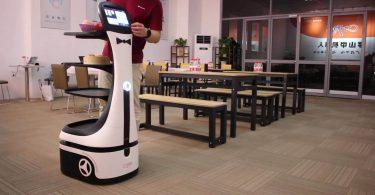 Робот-офіціант