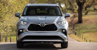 Озвучені терміни появи великого Toyota Highlander з приставкою Grand