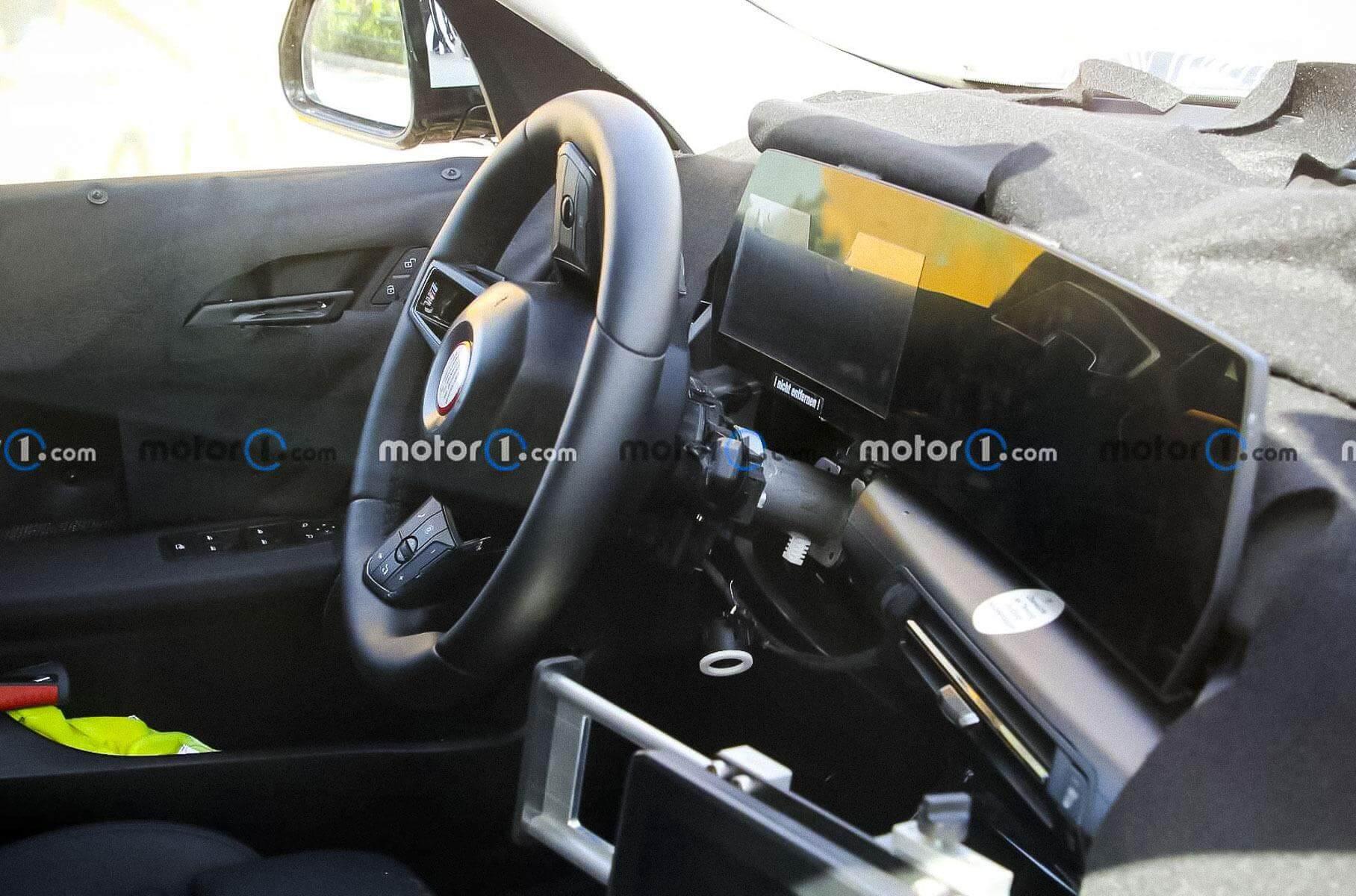 Салон оновленого BMW X1