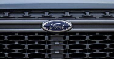 Ford пообіцяв солідні знижки, щоб уникнути відтоку клієнтів