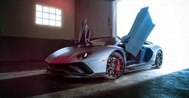 Lamborghini випустить останній Aventador до кінця року та зніме модель з виробництва